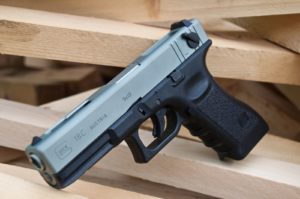 Пистолет Глок 18 (Glock-18)