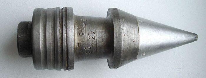 Первый подкалиберный снаряд катушечного типа времен ВОВ
